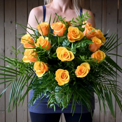Bouquet of 15 orange roses