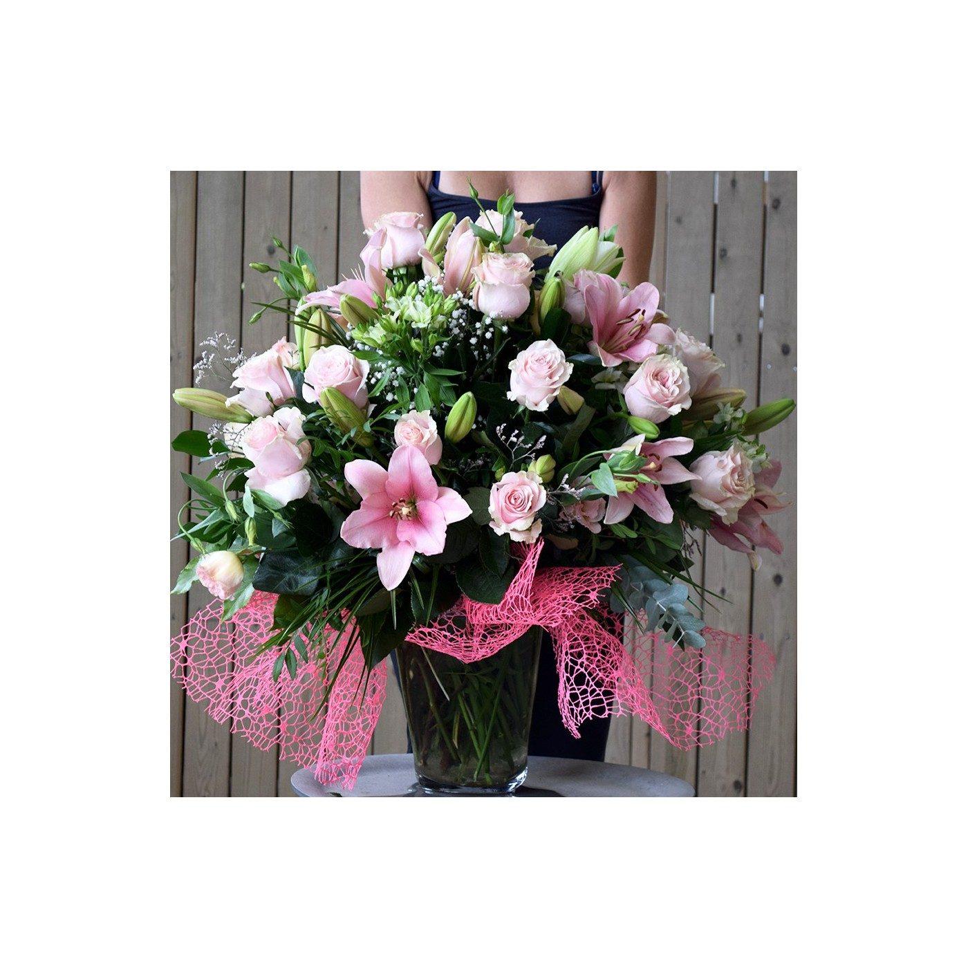 Gerro de flor segons temporada tons roses