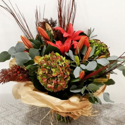 Special bouquet for Pilar's Day