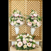Pack of 2 bouquets for a cemetery