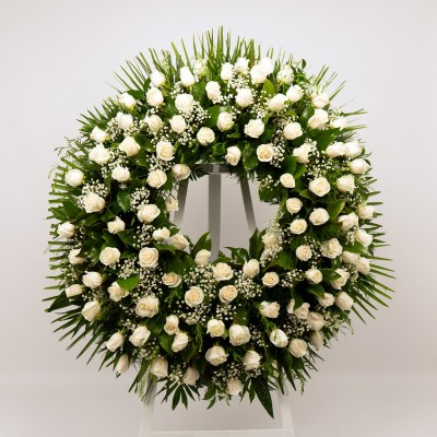 Comprar Corona de rosas blancas Barcelona