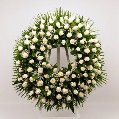 Wreath of white roses