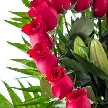 Comprar Centro de 25 rosas en forma corazón Barcelona