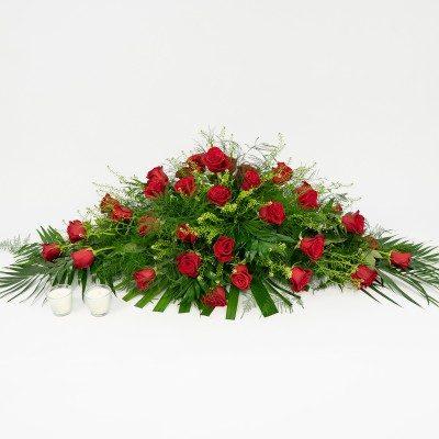 Comprar Cojín de rosas rojas cerradas Barcelona
