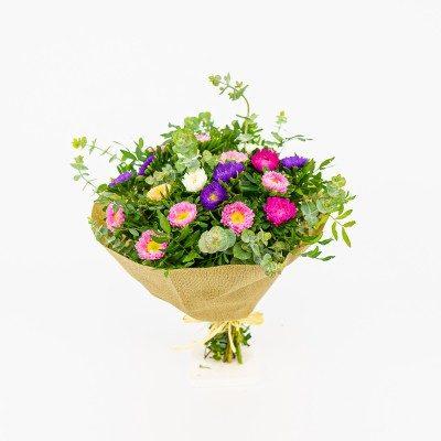 Bouquet of coronates or...